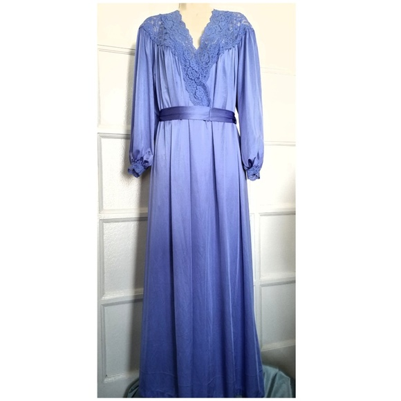 Vintage Intimates & Sleepwear   Vtg Miss Elaine Set Nightgown Robe ...